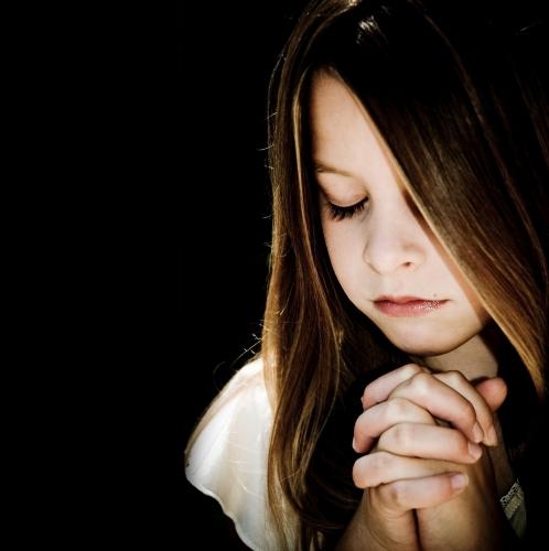 priere fille.jpg